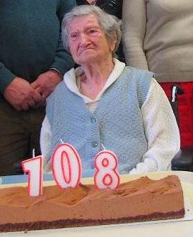 Décès de personnes de 108 ans - Page 17 Blanch10