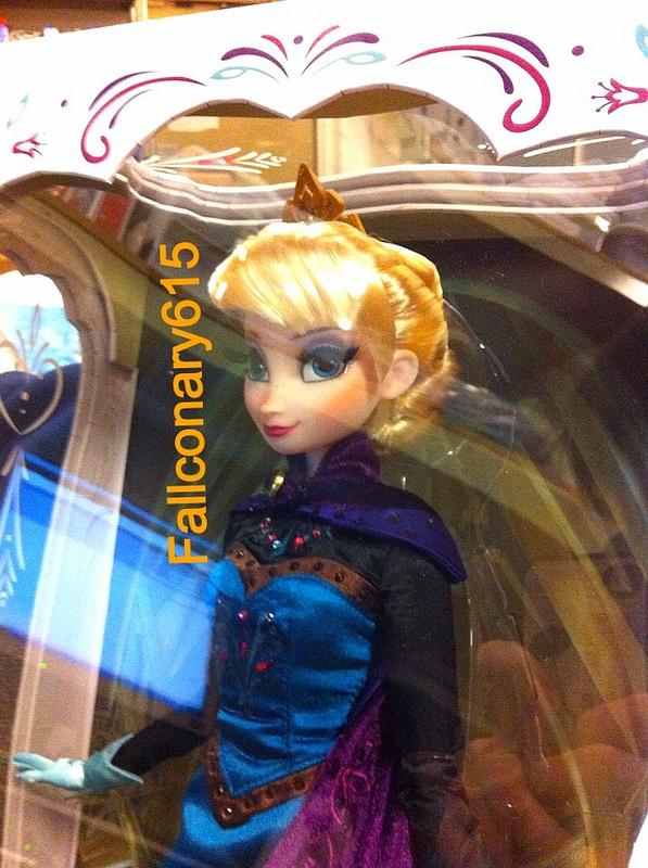 Disney Store Poupées Limited Edition 17'' (depuis 2009) - Page 39 12072510