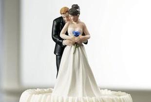 Gâteau et figurine des mariés Rosebl10