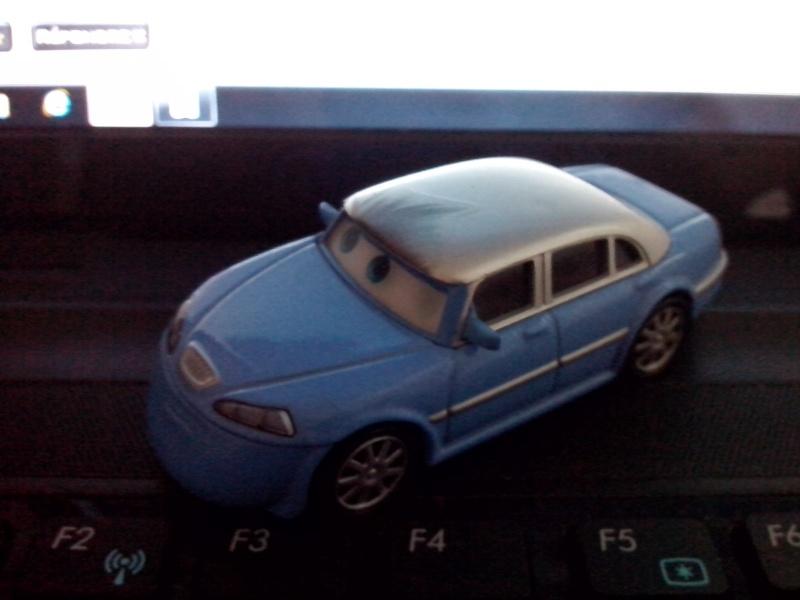 La voiture la plus moche de la collec - Page 2 Img_2030