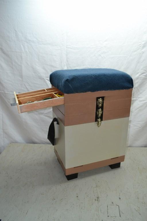 un panier-siège pour aller à la pêche Dsc_0311