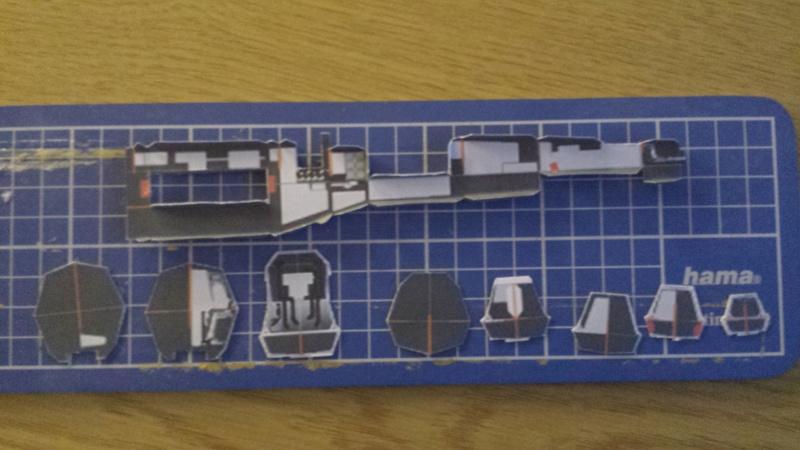 Versuch Nr.2 an einem Modell von UHU 02 00211
