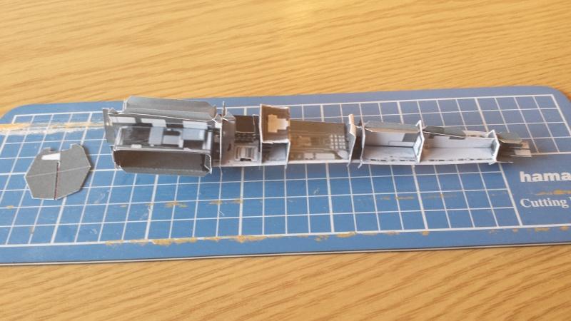 Versuch Nr.2 an einem Modell von UHU 02 00311