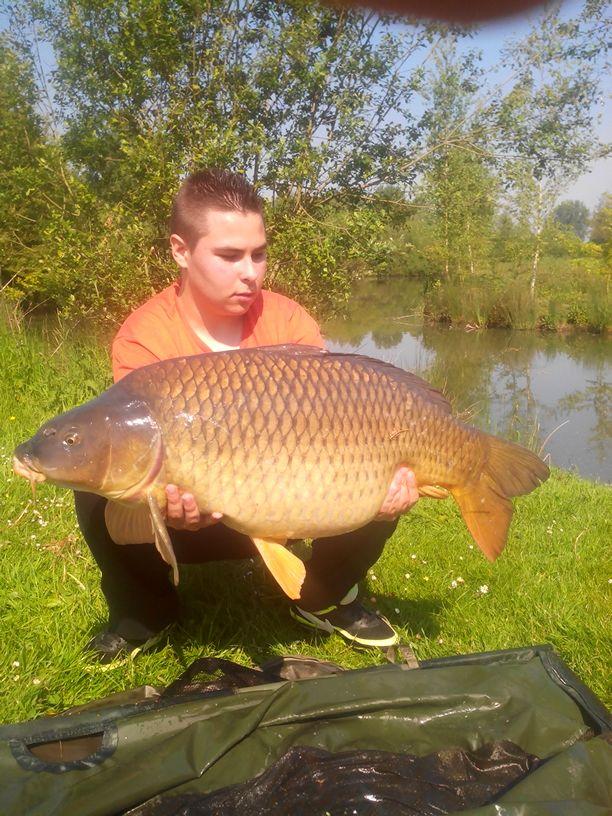 Et voilà troisième poisson de 2014 et record commune perso !!! :) V_456810