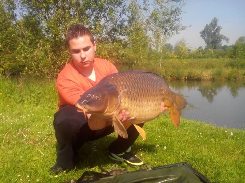 Et voilà troisième poisson de 2014 et record commune perso !!! :) V_989d10