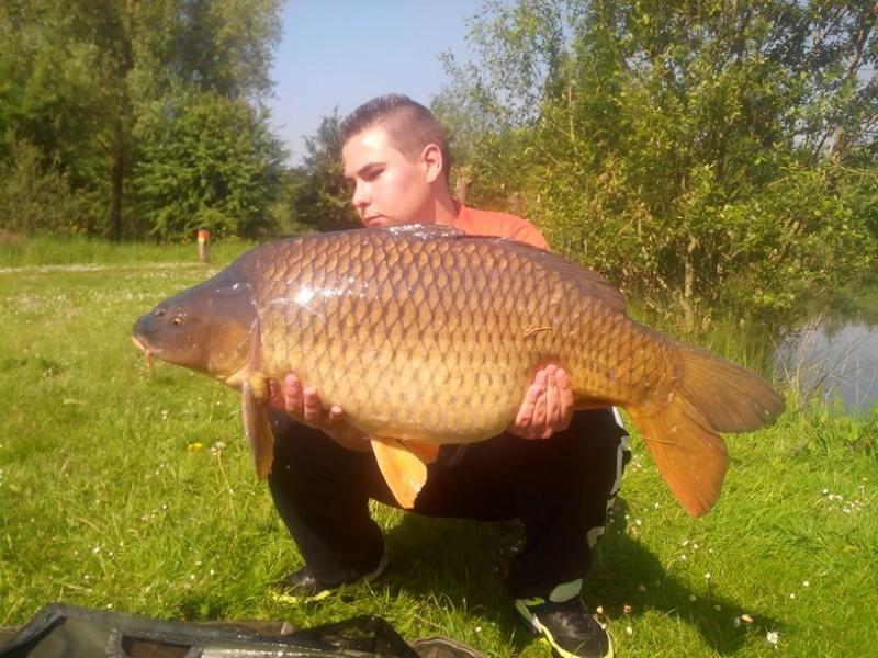 Et voilà troisième poisson de 2014 et record commune perso !!! :) V_e17010