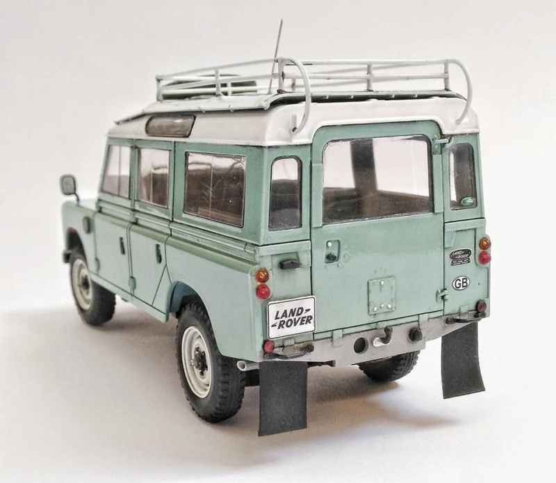 Land Rover Série III LWB, Revell 1/24 10970510