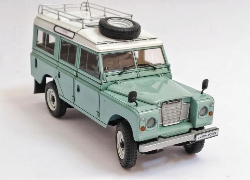 Land Rover Série III LWB, Revell 1/24 10980210