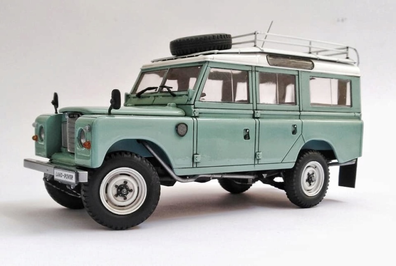 Land Rover Série III LWB, Revell 1/24 10980410