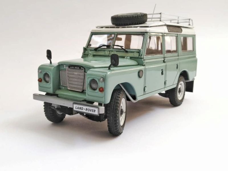 Land Rover Série III LWB, Revell 1/24 11357710