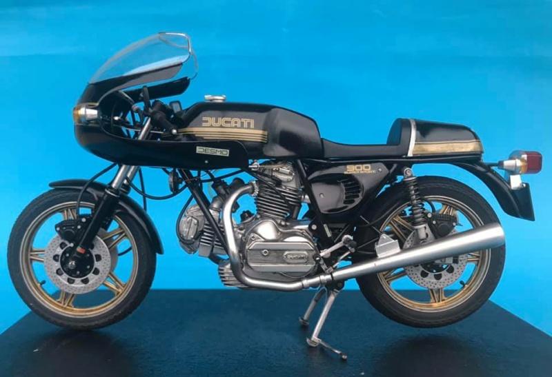 Ducati 900 ''Super Sport''  125