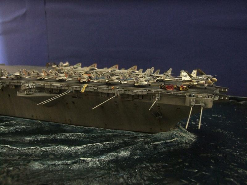 USS Nimitz CVN 68 de chez Trumpeter à l'échelle 1/350 14008810