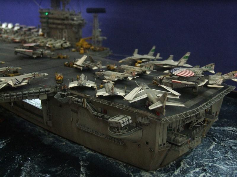 USS Nimitz CVN 68 de chez Trumpeter à l'échelle 1/350 14083410