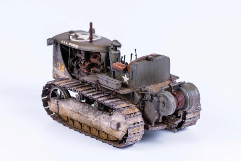 Tracteur militaire CAT D7N avec treuil de chez MiniArt 1/35 324