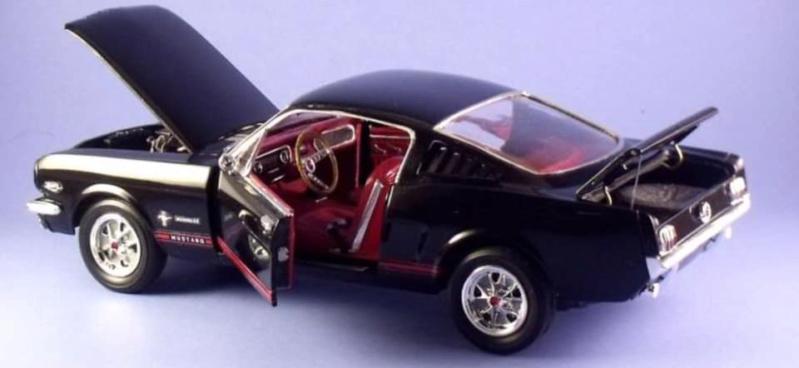 1965 Mustang 2+2 de Monogram 1/24 53582010