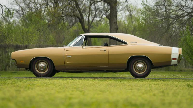 1969 Dodge Charger 500 69_hem14