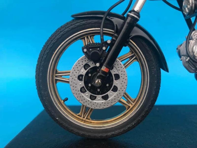 Ducati 900 ''Super Sport''  820
