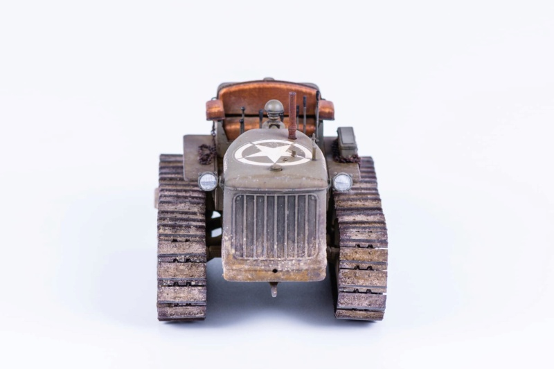 Tracteur militaire CAT D7N avec treuil de chez MiniArt 1/35 821