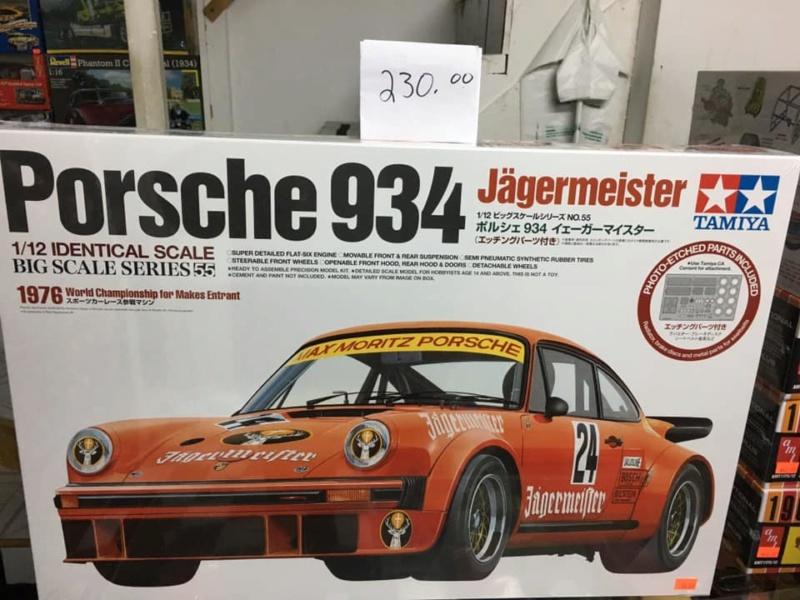 PORSCHE RSR 934 Jägermeister 1976, Tamiya 1/12 - Page 6 87022910