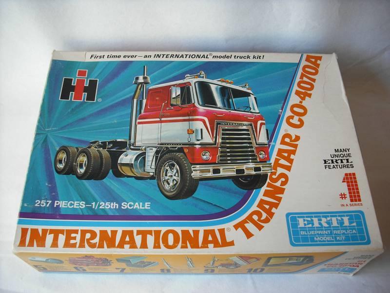 International Transtar II Eagle, ERTL 1/25 Comp_d10
