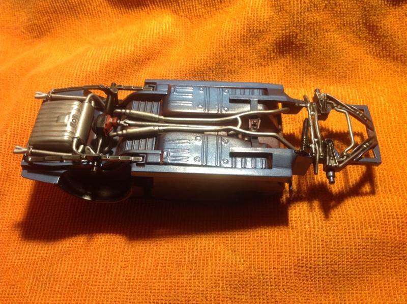 1969 Mustang Mach 1 de Revell 1/25 - Page 2 Dessou11