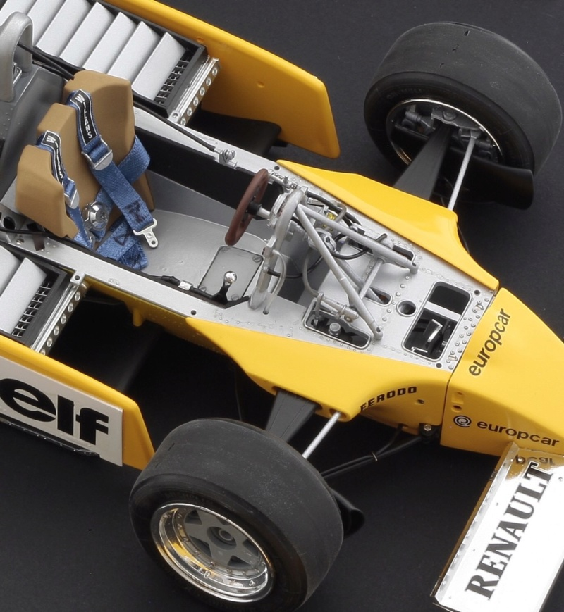 Renault RE20 Turbo F1 Italeri 1/12 Img_4410