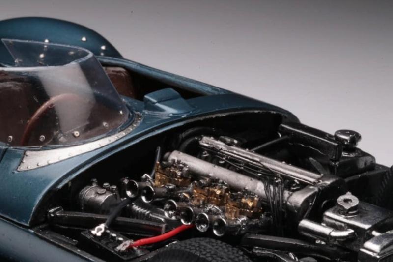 1956 Jaguar Type-D de chez Profil24 1/24 Moteur18