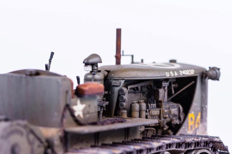 Tracteur militaire CAT D7N avec treuil de chez MiniArt 1/35 Q611