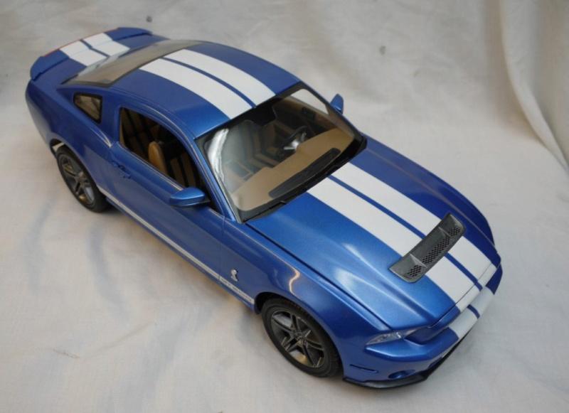 2010 Shelby GT-500 Revell 1/12 Revell10