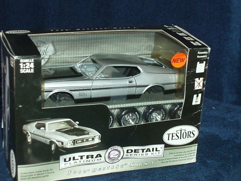 1969 Ford Mustang GT, Revell 1/25 S-l16017