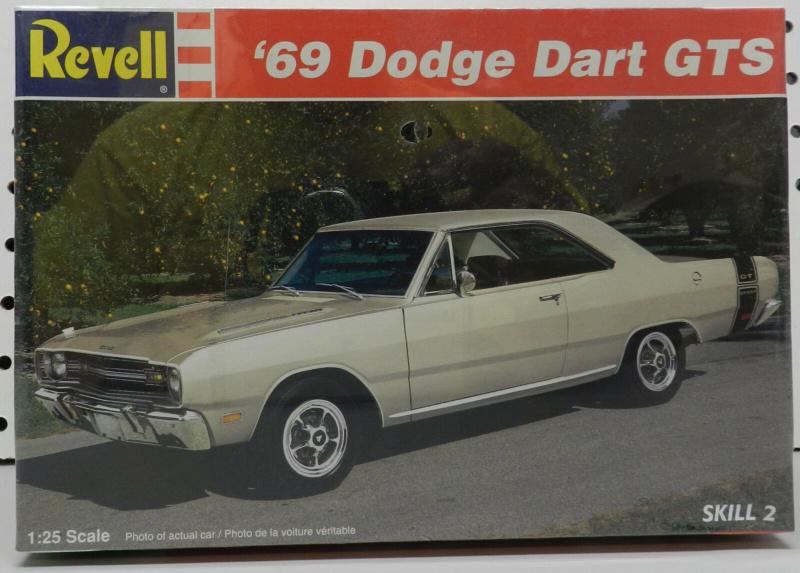 1969 Dodge Dart Swinger 340 (conversion) Revell 1/25 S-l16110