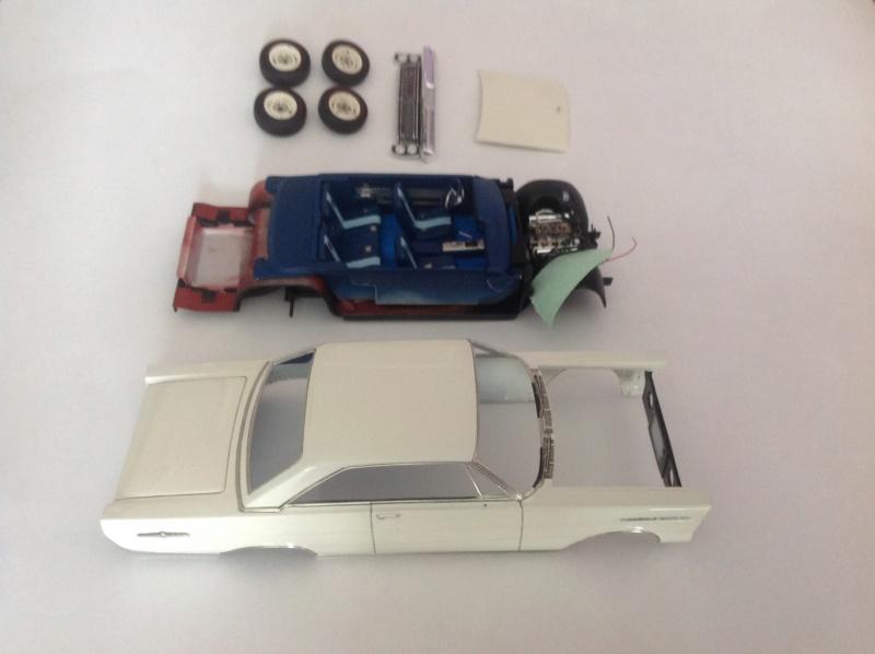 1965 Ford Galaxie 500 XL de AMT - Page 5 Sous_a10