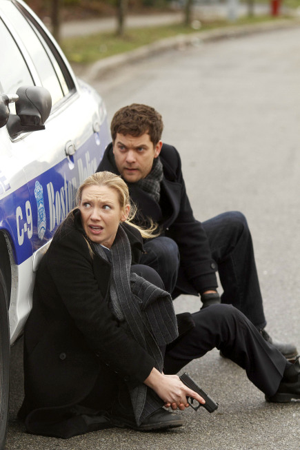 2x18 The Man From The Other Side Man310