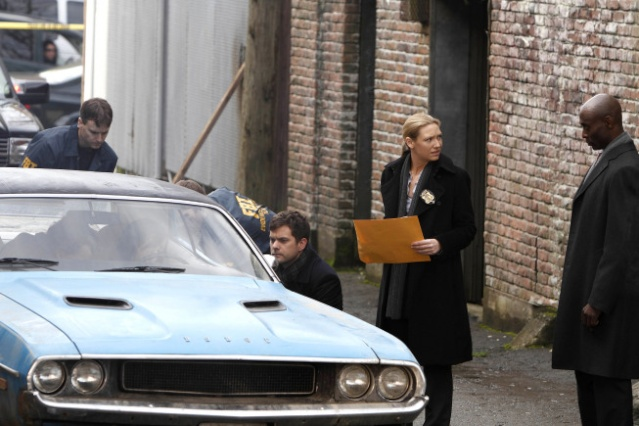 2x18 The Man From The Other Side Man710