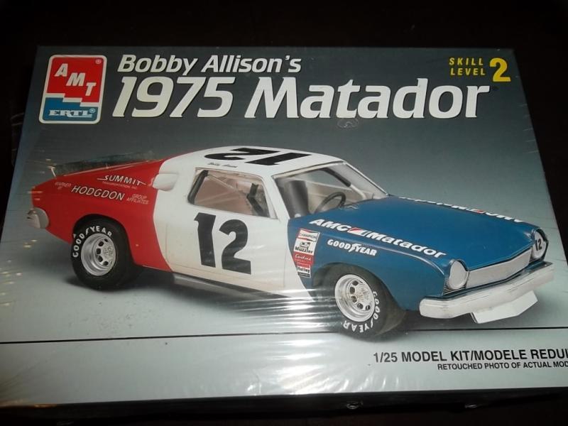 """'75 AMC Matador """"Bobby Allison"""" (AMT) [Terminé] 015_2610"""