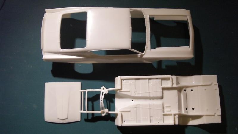 Polar Lights Richard Petty's 1969 Ford Torino Talladega 106_0534