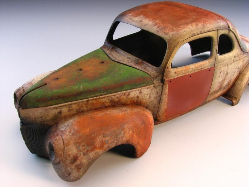 Ford rouillée ultra-réaliste 2011