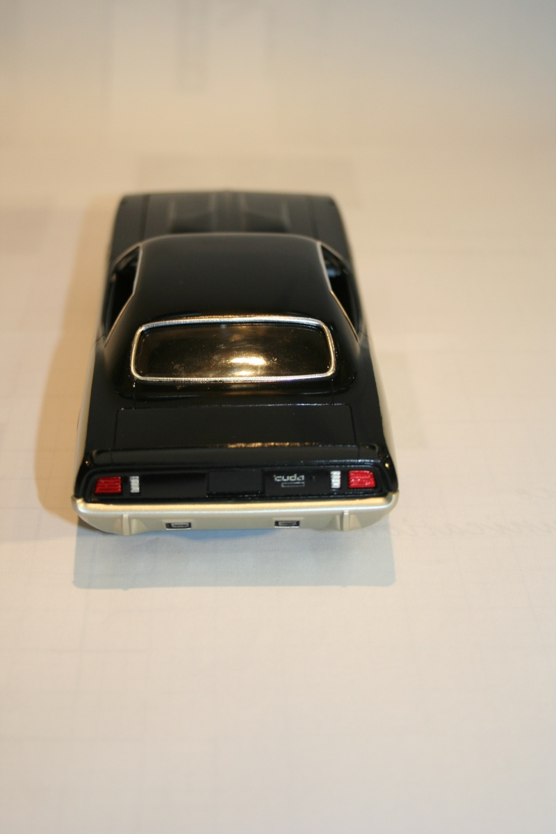 """'71 Plymouth Hemi Cuda """"Street Machine"""" (Revell) [Terminée] - Page 6 4img_110"""