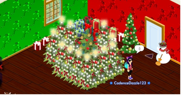 Christmas Cub Condo Decorating Contest ~ - Page 3 Whaaaa12