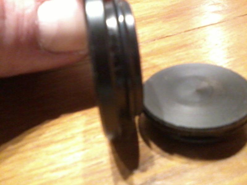 Cabochon alu bras axe roue AR ? Photo023