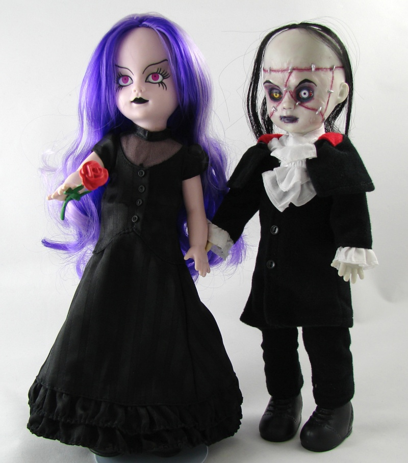 Living Dead Dolls Beauty and the Beast Scary Tales bambole Nuove gothic horror Beauty11