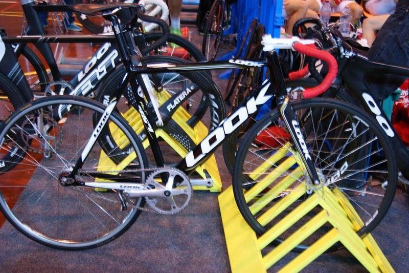 vélos de piste  15253410