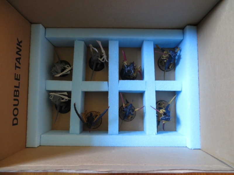 [Fabrication] Boîtes de transport pour figurines  Img_1733