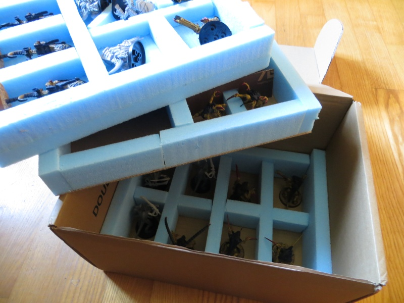 [Fabrication] Boîtes de transport pour figurines  Img_1734