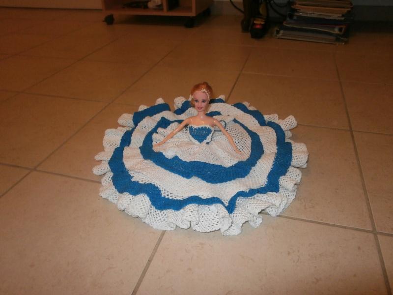 robe de poupée barbie pour ma belle soeur Pa130010