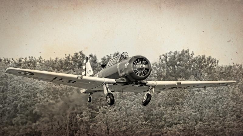 North American T-6 F Fa1_5410