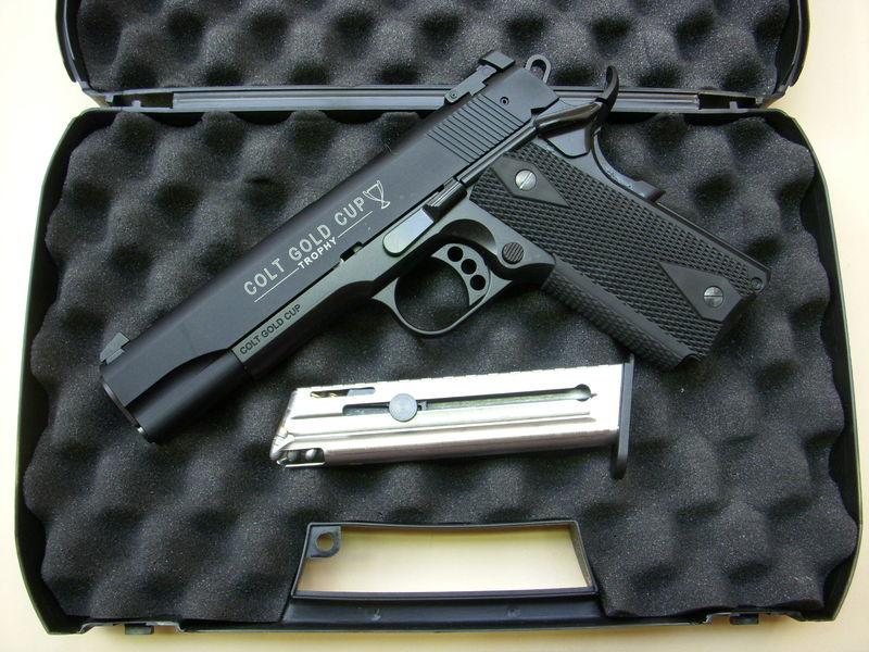 mon arsenal Colt-111