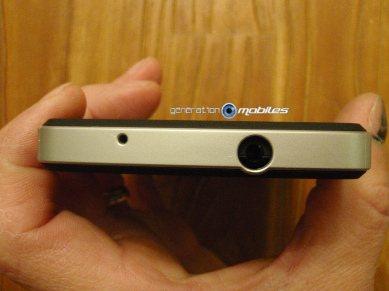 [MOBILEFUN.FR] Test Coque Nexus 5 Spigen SGP Neo Hybrid – Argent Satiné  1510