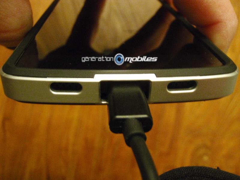 [MOBILEFUN.FR] Test Coque Nexus 5 Spigen SGP Neo Hybrid – Argent Satiné  1810
