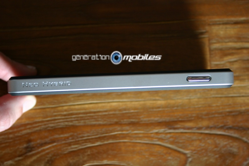 [MOBILEFUN.FR] Test Coque Nexus 5 Spigen SGP Neo Hybrid – Argent Satiné  310